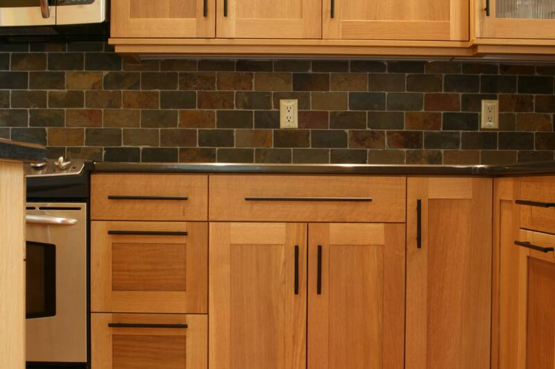 Varnish for kitchen cabinets custom cabinets for the for Best lacquer for kitchen cabinets